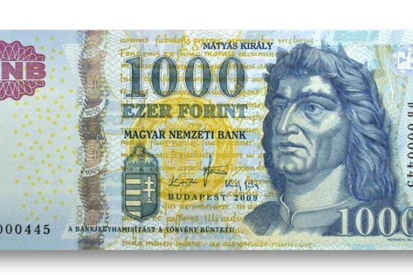 Már csak október végéig fizethetünk a régi 1000 forintos bankjegyekkel